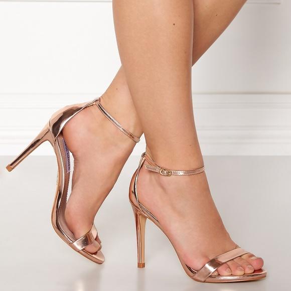 cc3e47ce7d0 STEVE MADDEN Stecy Stiletto Heels Sandal Rose Gold.  M 5b50ccca2e1478f2123cc93d